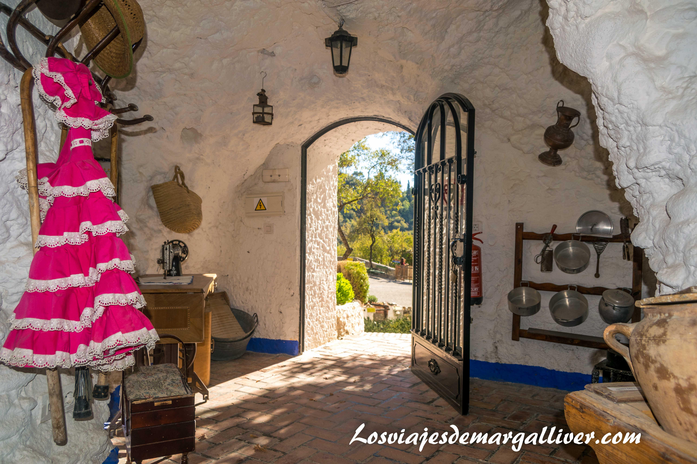 Cueva del centro de interpretación del Sacromonte, visitar Granada - Los viajes de Margalliver